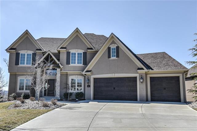 4430 NW Sienna Ridge Avenue, Riverside, MO 64150 (#2154649) :: Dani Beyer Real Estate
