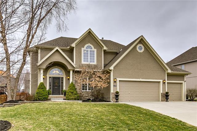 8912 N Farley Avenue, Kansas City, MO 64157 (#2154667) :: Dani Beyer Real Estate