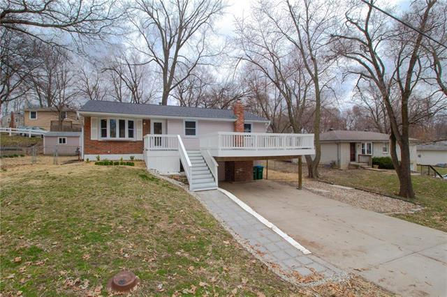 5125 NW Merrimac Avenue, Riverside, MO 64150 (#2154690) :: Dani Beyer Real Estate