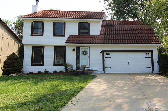 6201 W 153rd Street, Overland Park, KS 66223 (#2154691) :: Edie Waters Network