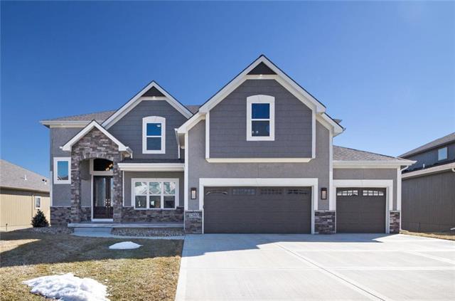 12885 N Foxglove Circle, Platte City, MO 64079 (#2154692) :: Edie Waters Network