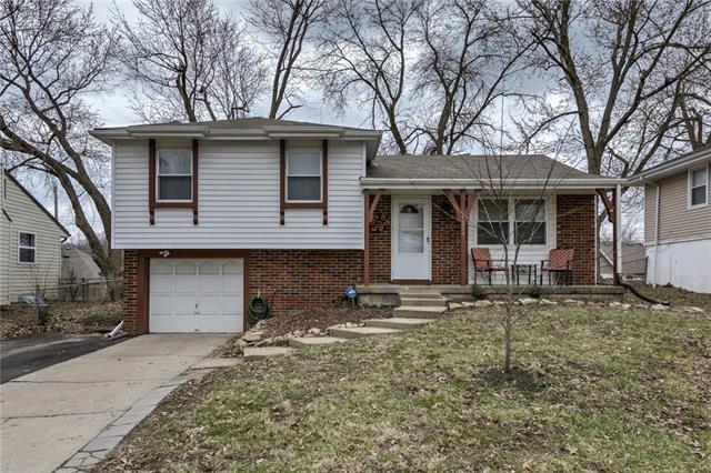 5029 NE 56th Place, Kansas City, MO 64119 (#2154808) :: Dani Beyer Real Estate