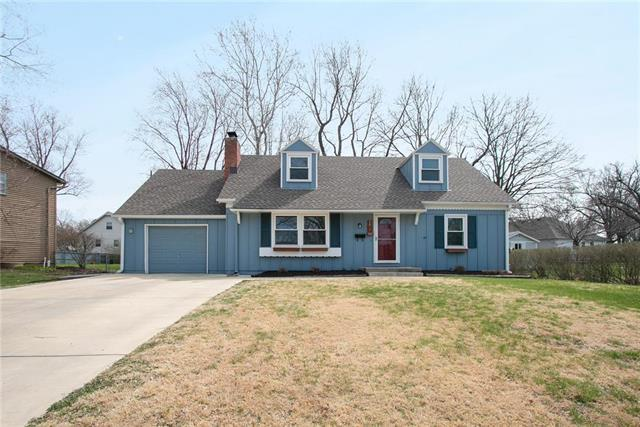 9631 Lowell Avenue, Overland Park, KS 66212 (#2154888) :: House of Couse Group