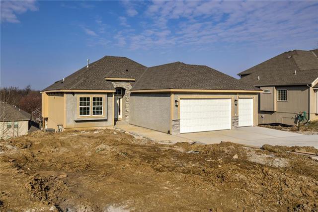 5806 N Bell Court, Kansas City, MO 64118 (#2154994) :: No Borders Real Estate