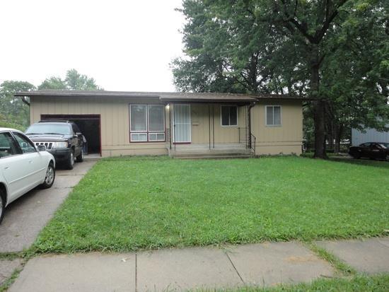 8601 E 92nd Terrace, Kansas City, MO 64138 (#2155153) :: House of Couse Group