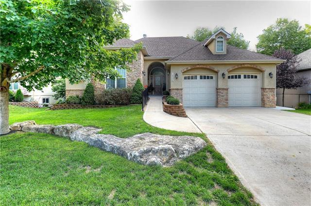 16506 Fairway Road, Belton, MO 64012 (#2155229) :: House of Couse Group