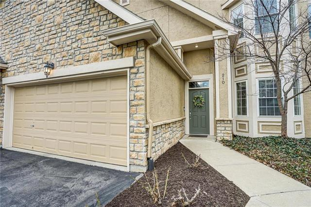 4442 W 159TH Terrace #210, Overland Park, KS 66085 (#2155272) :: Eric Craig Real Estate Team
