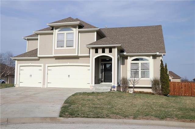 2802 SW Summer Creek Court, Blue Springs, MO 64015 (#2155338) :: No Borders Real Estate