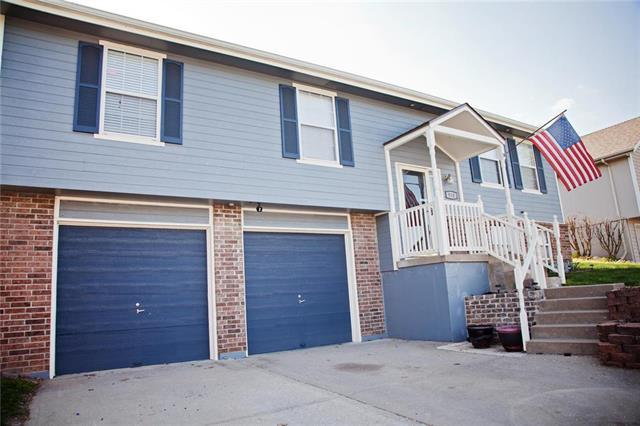 910 SW Shorthorn Drive, Grain Valley, MO 64029 (#2155721) :: No Borders Real Estate