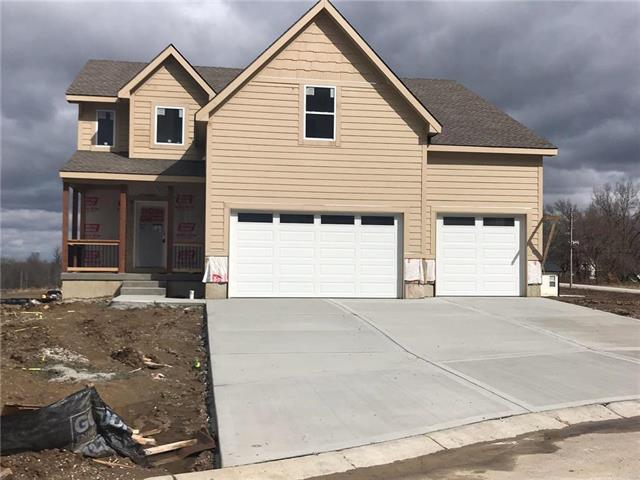 1803 NW Tayler Court, Grain Valley, MO 64029 (#2155772) :: House of Couse Group