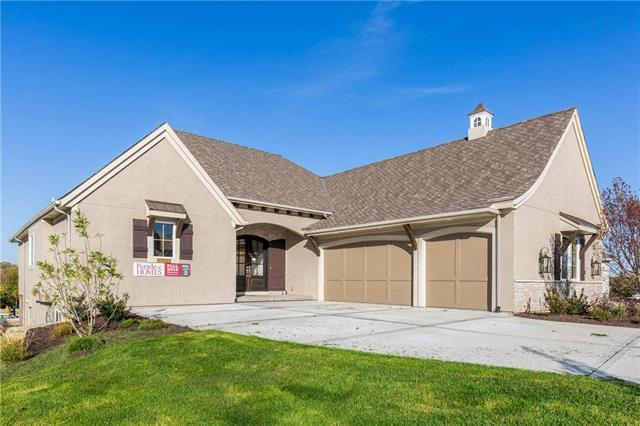 10040 S Miramar Street, Olathe, KS 66061 (#2155812) :: Clemons Home Team/ReMax Innovations