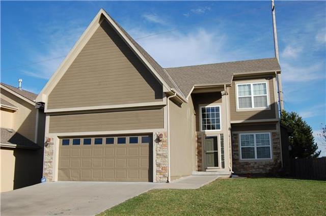 4321 Ironwood Drive, Leavenworth, KS 66048 (#2155944) :: House of Couse Group