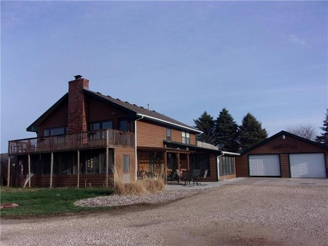 24545 W 327th Street, Paola, KS 66071 (#2156009) :: House of Couse Group