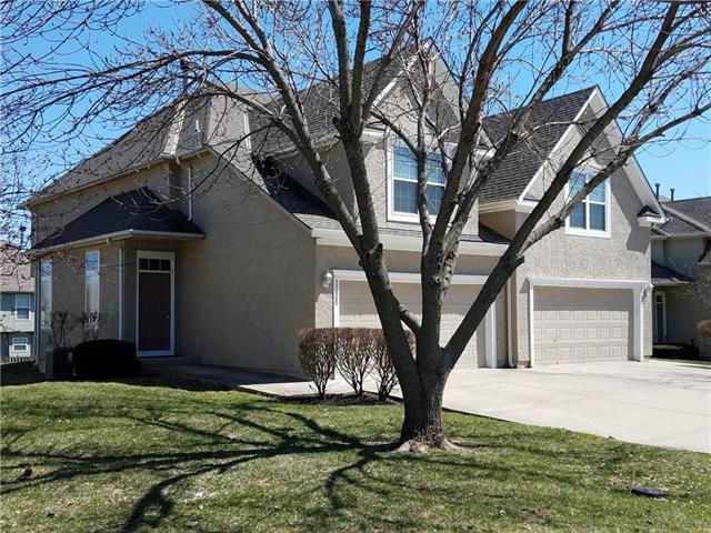 13855 S Acuff Street, Olathe, KS 66062 (#2156069) :: No Borders Real Estate