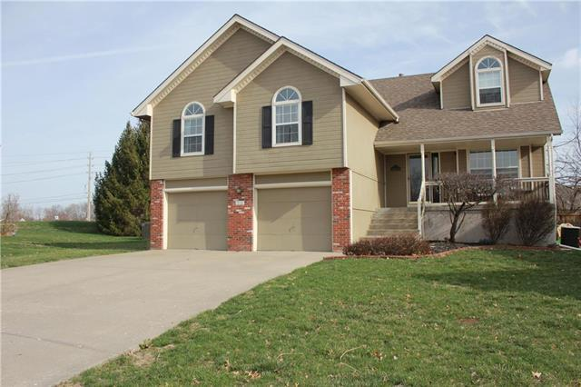 101 SE Breon Bay N/A, Lee's Summit, MO 64063 (#2156126) :: House of Couse Group