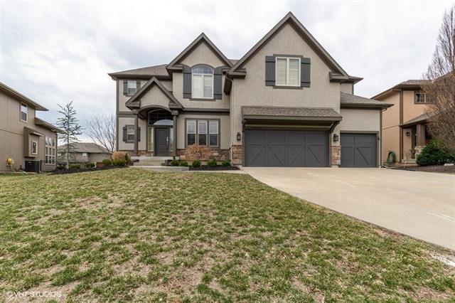 24287 W 109th Terrace, Olathe, KS 66061 (#2156130) :: House of Couse Group