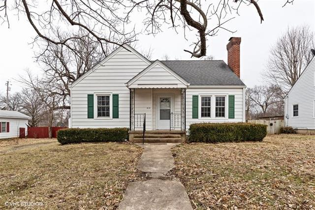 519 N Delaware Street, Butler, MO 64730 (#2156135) :: No Borders Real Estate