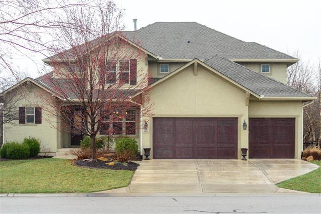 9410 W 161st Terrace, Overland Park, KS 66085 (#2156308) :: House of Couse Group