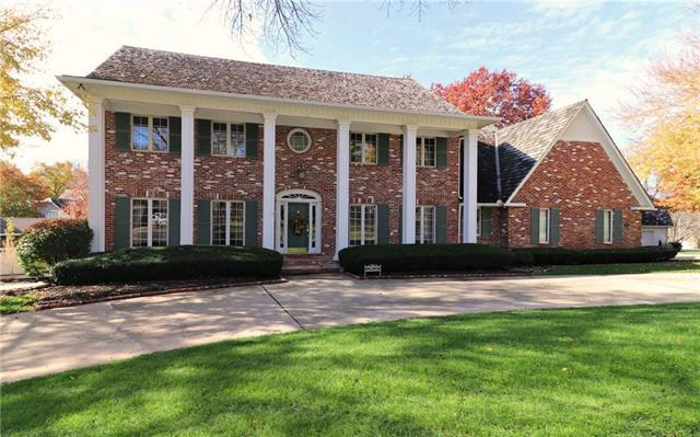 12600 Delmar Street, Leawood, KS 66209 (#2156326) :: House of Couse Group