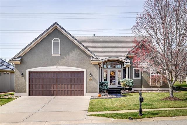 10304 N Dalton Avenue, Kansas City, MO 64154 (#2156365) :: Eric Craig Real Estate Team