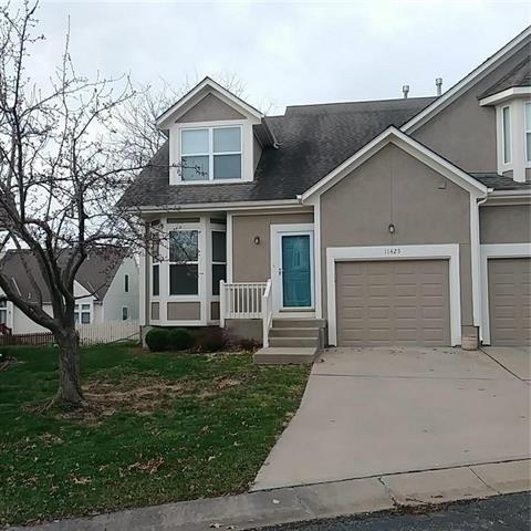 11425 W 113 Street, Overland Park, KS 66210 (#2156474) :: Eric Craig Real Estate Team