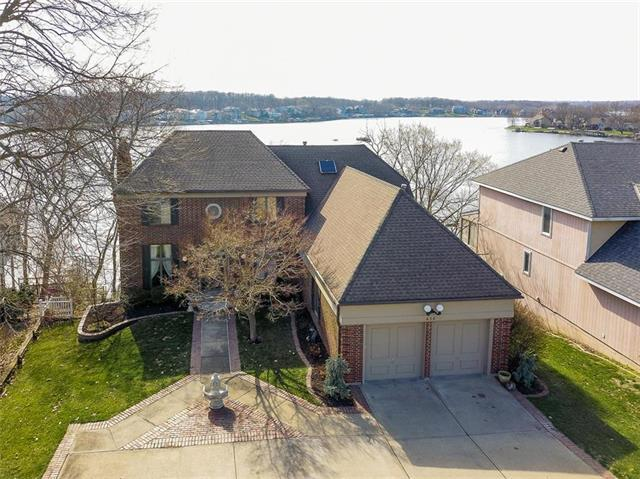 456 N Winnebago Drive, Lake Winnebago, MO 64034 (#2156508) :: Edie Waters Network
