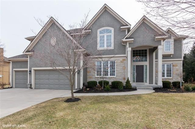 14705 Farley Street, Overland Park, KS 66221 (#2156571) :: House of Couse Group