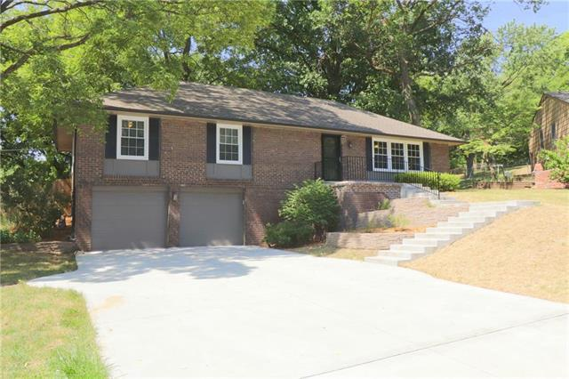 602 Wood Court, Liberty, MO 64068 (#2156836) :: House of Couse Group
