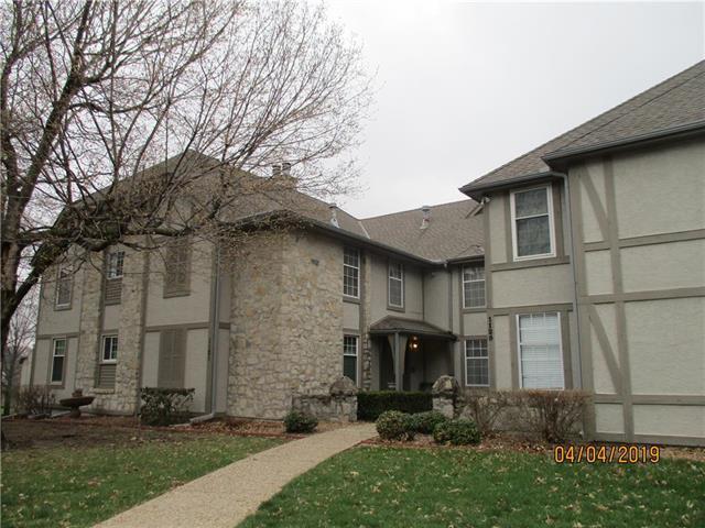 1121 NW 12 Street, Blue Springs, MO 64015 (#2156980) :: Eric Craig Real Estate Team