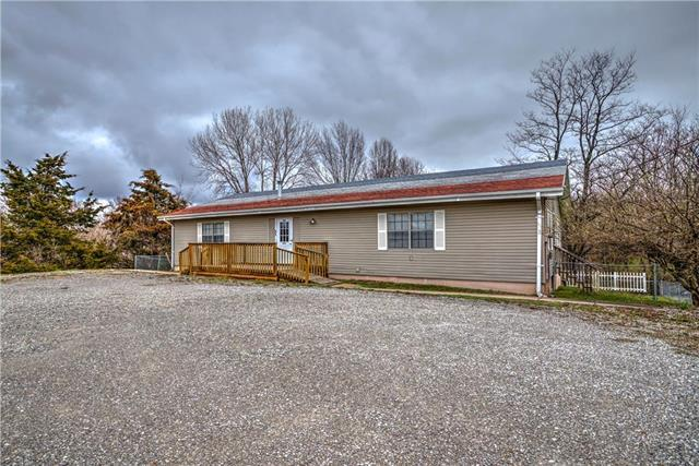 17 NE J Hwy N/A, Knob Noster, MO 65336 (#2157061) :: House of Couse Group