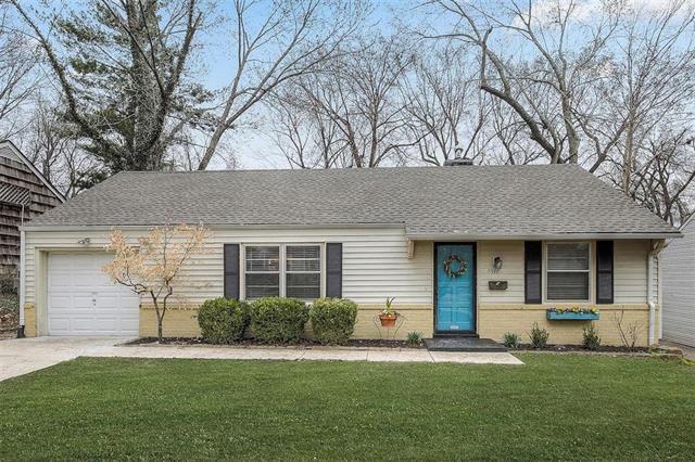 7517 High Drive, Prairie Village, KS 66208 (#2157104) :: House of Couse Group