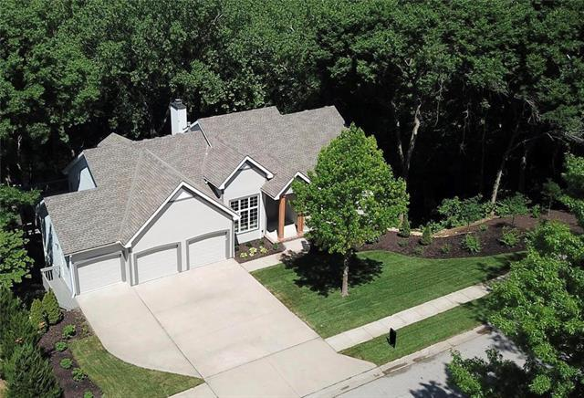 1018 Wildbriar Drive, Liberty, MO 64068 (#2157105) :: House of Couse Group