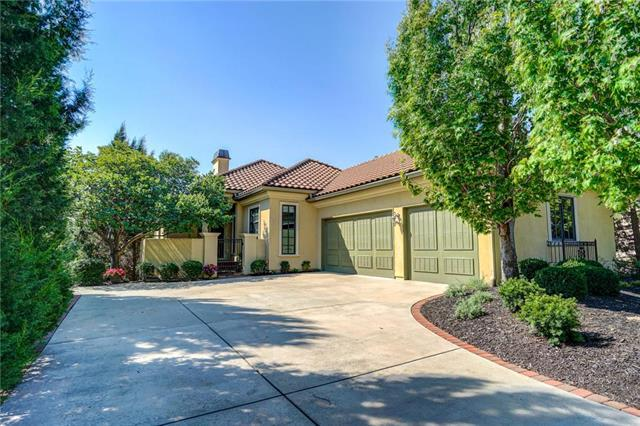 3313 W 138th Street, Leawood, KS 66224 (#2157120) :: Eric Craig Real Estate Team