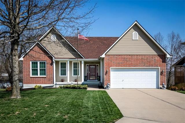 9108 E 84TH Court, Raytown, MO 64138 (#2157285) :: House of Couse Group