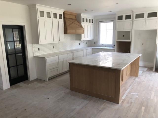 6001 W 61st Terrace, Mission, KS 66202 (#2157300) :: Team Real Estate