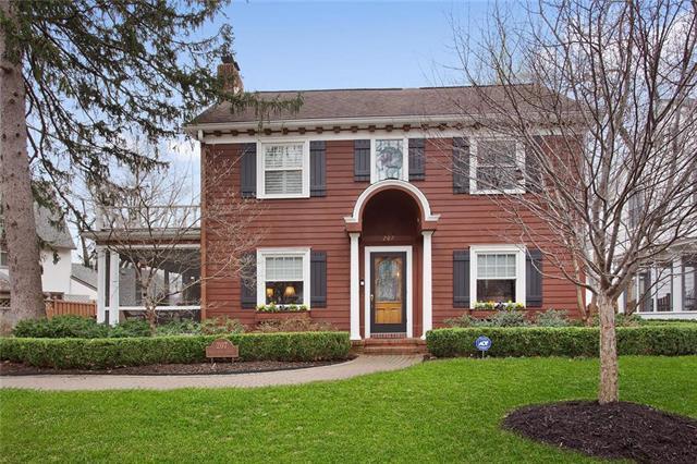 207 W 66TH Street, Kansas City, MO 64113 (#2157362) :: No Borders Real Estate