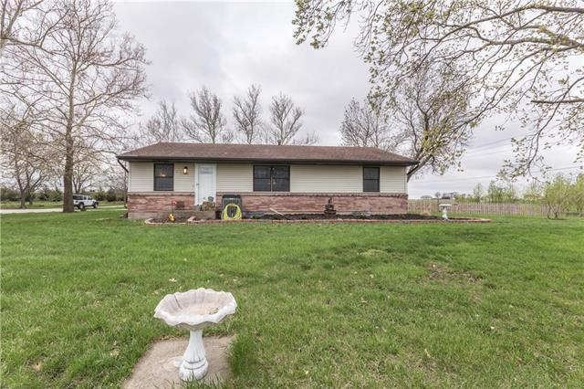 625 W Santa Fe Street, Gardner, KS 66030 (#2157417) :: Team Real Estate