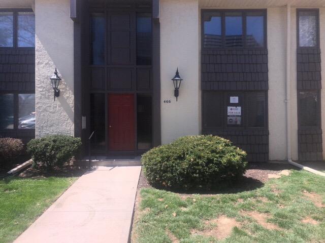 466 W 104th Street B, Kansas City, MO 64114 (#2157606) :: House of Couse Group