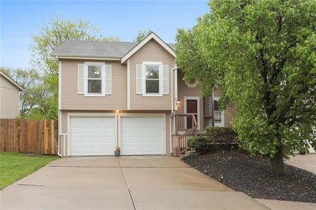 3509 NW 71st Street, Kansas City, MO 64151 (#2157630) :: House of Couse Group