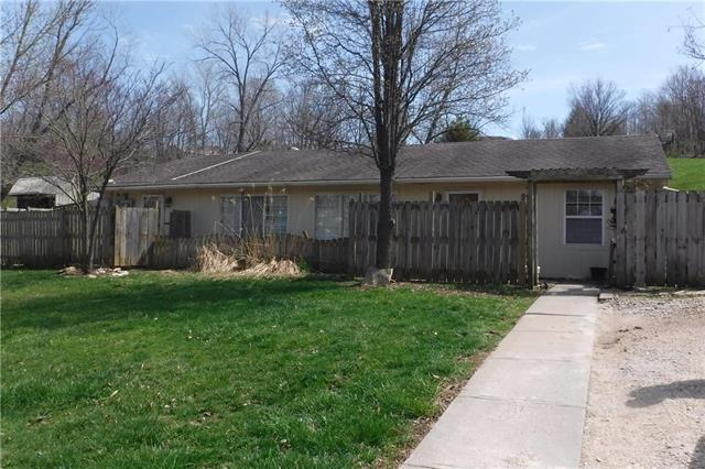 31883 S Shore Drive, Excelsior Springs, MO 64024 (#2157830) :: Edie Waters Network