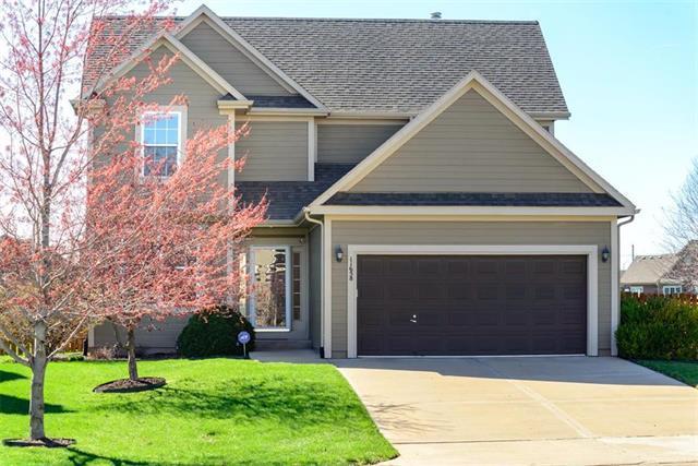 11658 S Marion Street, Olathe, KS 66061 (#2157956) :: House of Couse Group