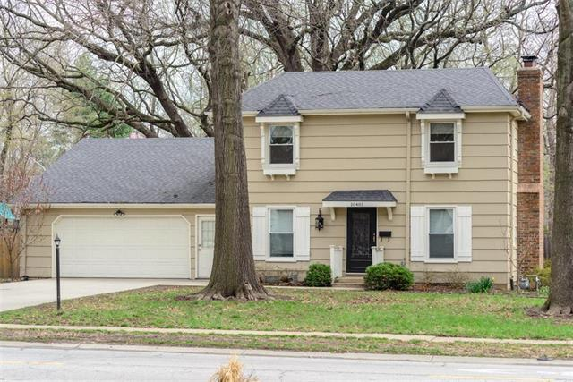 10401 Lamar Avenue, Overland Park, KS 66207 (#2157973) :: House of Couse Group