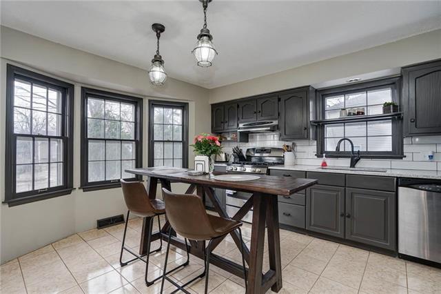 9432 Carter Drive, Overland Park, KS 66212 (#2157981) :: No Borders Real Estate