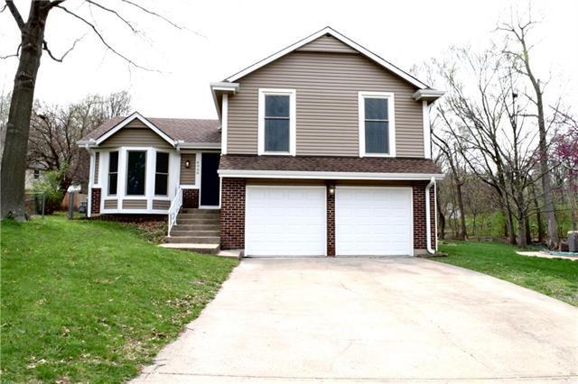 4908 Wedd Street, Merriam, KS 66203 (#2158230) :: House of Couse Group