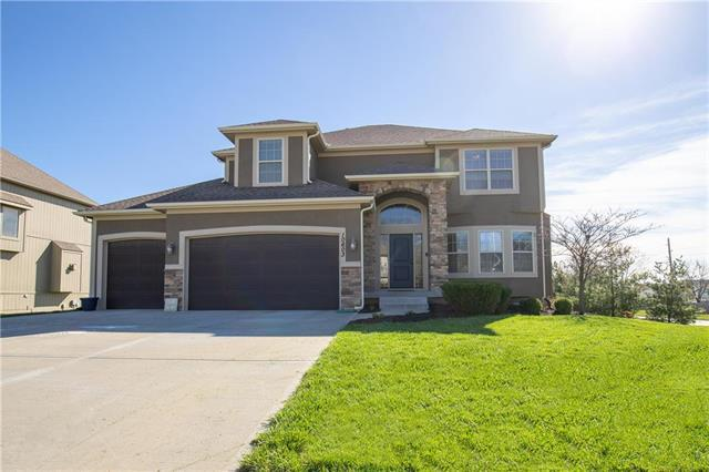 10603 N Tracy Avenue, Kansas City, MO 64155 (#2158271) :: House of Couse Group
