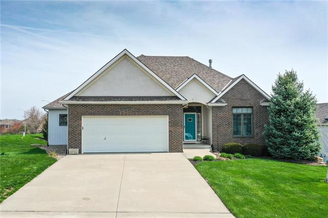 8906 NE 94th Terrace, Kansas City, MO 64157 (#2158280) :: Eric Craig Real Estate Team