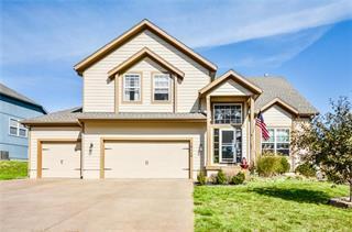 10114 Miller Lane, Kansas City, KS 66109 (#2158288) :: Eric Craig Real Estate Team