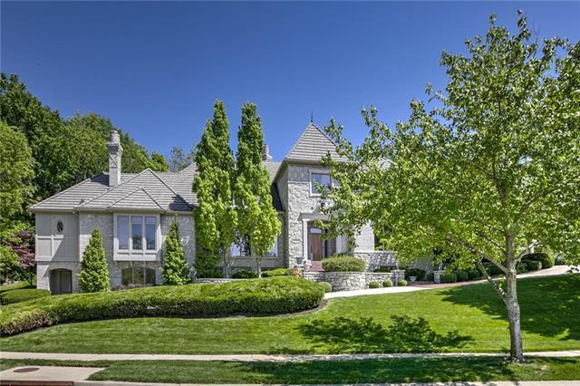 11425 Canterbury Circle, Leawood, KS 66211 (#2158321) :: Eric Craig Real Estate Team