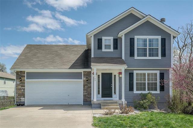 1703 NW Hellen Court, Grain Valley, MO 64029 (#2158385) :: House of Couse Group