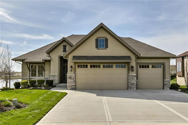 4306 N 141st Place, Basehor, KS 66007 (#2158397) :: House of Couse Group